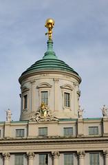 Potsdam Kuppel ineinander gesetzter Ringe; Rathaus1753-55 (Wolfsraum) Tags: rathaus potsdam belvedere johannboumann christianludwighildebrandt palladio palazzoangarano vicenza marktplatz barock renaissance