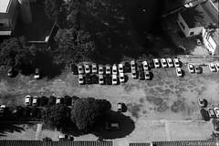 Alphaville, SP (Celso Kuwajima) Tags: kodaktmax100 parkinglot bw cars 20190243 analogphotography landscape leicam4 leicasummicroncollapsibleltm502 barueri sãopaulo brazil br