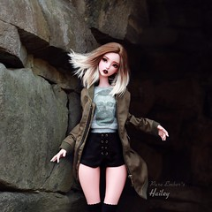 Hailey rocks! ❤️ (pure_embers) Tags: pure embers bjd sd 13 doll dolls uk cerisedolls lillycat ellana plum girl hailey pureembers embershailey photography photo ball joint pink tan resin culur faceup portrait bjdarthouse alpaca wig rocks street style