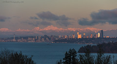 Seattle Skyline Sunset (elliott845) Tags: seattle skyline sunset cascades emeraldcity pacificnorthwest pnw pugetsound cityscape clouds