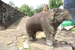 Angkor_Bakong_2014_16