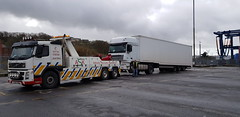 IMG-20190302-WA0016 (JAMES2039) Tags: volvo fm12 ca02tow fh13 globetrotter pn09juc pn09 juc tow towtruck truck lorry wrecker rcv heavy underlift heavyunderlift 8wheeler 6wheeler 4wheeler frontsuspend rear rearsuspend daf lf cf xf 45 55 75 85 95 105 tanker tipper grab artic box body boxbody tractorunit trailer curtain curtainsider tautliner isuzu nqr s29tow lf55tow flatbed hiab accidentunit iveco mediumunderlift au58acj ford f450 renault premium trange cardiff rescue breakdown night ask askrecovery recovery scania bn11erv sla superlowapproach demountable