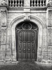 Casa Lis (AdelaVilloria) Tags: monumento puerta edificio artnouveau nouveau museo casa