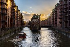 Wasserschloss Hamburg (ckuehn83) Tags: hamburg speicherstadt wasserschloss sony alpha sonyalpha elbe city goldenestunde