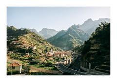 Madeira, Portugal (Sr. Cordeiro) Tags: madeira portugal ilha island montanhas mountains vista view estrada road panasonic lumix gx80 gx85 14140mm