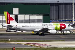 CS-TNK | TAP Air Portugal | Airbus A320-214 | CN 1206 | Built 2000 | LIS/LPPT 01/05/2018 (Mick Planespotter) Tags: aircraft airport 2018 nik sharpenerpro3 cstnk tap air portugal airbus a320214 1206 2000 lis lppt 01052018 portela lisbon delgado humbertodelgado humberto a320