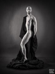 Tomi 05 (WF portraits) Tags: svk man male model studio portrait black monochrome nude naked skin muscles fitness chest beard bald shavenhead gym
