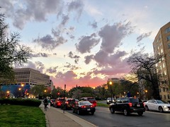 """""""You can never cross the ocean until you have the courage to lose sight of the shore."""" 🌇 (anokarina) Tags: appleiphone8 thomascircle instagram nofilter sunset fire ornage red pink spring clouds weather skies sky city urban skyline architecture street perspective scottcircle"""