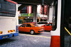 (Hem.Odd) Tags: malaysia kualalumpur mercedes car bus olympusxa3 agfavista400