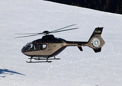 IMG_3619 (Tipps38) Tags: hélicoptère aviation photographie montagne alpes avion courchevel neige helicopter 2019 planespotting