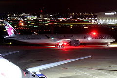 Qatar Airways | Airbus A350-1000 | A7-ANF | London Heathrow (Dennis HKG) Tags: aircraft airplane airport plane planespotting oneworld canon 7d 70200 london heathrow egll lhr qatar qatarairways qtr qr airbus a350 a3501000 airbusa350 airbusa3501000 a35k a7anf