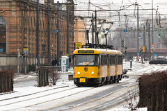 Tatra T4D-MT 224 277 (rengawfalo) Tags: tram tramway dresden tatra t4d sachsen saxony strasenbahn train railroad bahn dvbag tranvia tramvaj ckd elektricka öpnv tramwaj sporvogn road car city urbanrail publictransport windshield sky