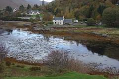 DSC01579 Dornie, Scotland (Fernando Sa Rapita) Tags: scotland escocia dornie sony sonyrx100 sonydscrx100 eileandonan lake lago water agua