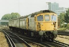 33102 2 090988 (stevenjeremy25) Tags: 33 331 brcw crompton bobo sulzer diesel engine loco locomotive br railway train type3 bagpipe 4tc 33102 southern
