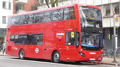 P1150549 VMH2583 LF19 FXH at Highbury & Islington Station Highbury Corner Holloway Road Islington London (LJ61 GXN (was LK60 HPJ)) Tags: metroline metrolinewest volvob5lhybrid mcv evoseti mcvevoseti 105m 10490mm vmh2583 lf19fxh nb988