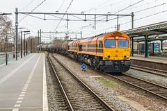 RRF 561-04 + 561-05 met keteltrein, Deventer (Dennis te D) Tags: rrf class66 56104 56105 dubbeltractie ketelwagens keteltrein rotterdam badbentheim deventer hommel