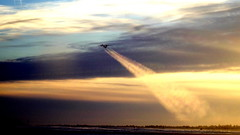 Takeoff contrails (FabienA380_2) Tags: yellowknife northwestterritories yzf sky clouds plane airplane winter canada pentax ricoh bombardier dash8q400 dh4