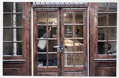 We're Open! (Circus Bakery) (macplatti) Tags: xt2 xf1655mmf28rlmwr quartierlatin urban quartier viertel stadtviertel bakery open vintage paris iledelafrance france fra