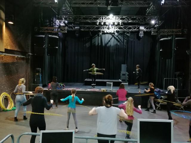 12.02.2019 - Hoopdance Workshop