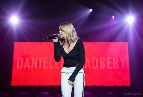 Danielle Bradbery fan photo