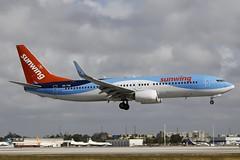 OO-TUK MIA 29.12.2018 (Benjamin Schudel) Tags: mia miami international airport florida usa ootuk sunwing tuifly belgium boeing 737800