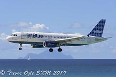 DSC_7245Pwm (T.O. Images) Tags: jetblue airbus a320 sxm st maarten princess juliana airport
