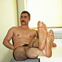 Spartacus (301) (@the.damned.spartacus) Tags: male big muscle bulge hunk hairy legs feet foot fetish toe chest gym iranman iran israel arab arabian arabmales arabdaddy turk arabfeet turkishfeet