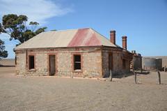 DSC_9668 abandoned farmhouse, corner Fischer & Eichler Roads, Milendella, South Australia (johnjennings995) Tags: abandoned farmhouse milendella southaustralia australia