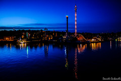 2016 Stoccolma giugno561 (carbonelli93) Tags: rosso stoccolma stockholm sweden svezia skyline luna park blue
