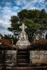 DSC_8375 (@404photo) Tags: cemetery oakland historicoakland oaklandcemetery atlanta statues nealfamily neal spring cgth