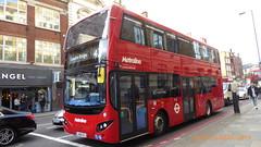 P1150287 VMH2559 LA68 DXJ at Angel Station Islington High Street Islington London (LJ61 GXN (was LK60 HPJ)) Tags: metroline volvob5lhybrid mcv evoseti mcvevoseti 105m 10490mm vmh2559 la68dxj nb964