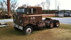 Kenworth Bullnose COE (Dave* Seven One) Tags: kenworthbullnosecoe kenworth bullnose500 vintage classic 1940s 1950s roadside abandoned forgotten lawnart junk salvage broken used rusty rust rot rotted rotting decay decaying