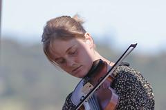 Tiempos de música   -   Music times (Carlos J. M.) Tags: musica music violin festival clásico classic verano summer frutillar chile patagonia canon dslr 5dmk3