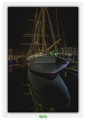 MERCATOR MARINA OOSTENDE (régisa) Tags: boat bateau oostende belgië belgique port voilier sail coque reflet reflection noël illuminations christmas haven marina mercator