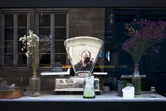 Pondération (Gerard Hermand) Tags: 1902127112 gerardhermand france paris canon eos5dmarkii reflection auto me moi portrait reflet rue reflexion self street balance scale testut vitrine shopwindow verre glass