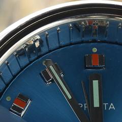 5 to 12 (rq uk) Tags: rquk nikon d750 nikond750 afsvrmicronikkor105mmf28gifed clock alarm alarmclock 70s luminous 5to12 timepieces macromondays