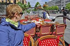 Shoo! Shoo! (AntyDiluvian) Tags: gothenburg sweden swedish avenyn avenue cafe sidewalk coffeeshop evaspaley linda seagull gull shooshoo shoo