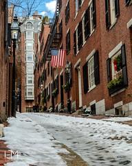 Acorn Street, Boston (Helen Mulvey) Tags: urban architecture leadinglines d5100 nikon street cobblestones snow massachusetts acornstreet boston