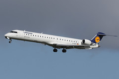 CRJ-900 D-ACKC Lufthansa Cityline (Mark McEwan) Tags: canadairregionaljet crj900 dackc lufthansa lufthansacityline aviation aircraft airplane airliner edi edinburghairport edinburgh