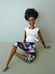 Gymnastics (Deejay Bafaroy) Tags: barbie fashionistas mattel doll puppe portrait porträt black schwarz mtm madetomove petite 25 bluebrocade 2016