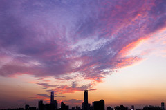 cloud in fire (kevinho86) Tags: pearlrivernewtown cloudy canon colour eos6d sky 天空 雲 city cityscapes skyscraper skyline urban 空 空·雲の寫真 城市 landscape scenery scape canton guangzhou sunset downtown magichour ontheroof 珠江新城 内透 建築 twilight art wideangle 天際線 lightshadow architecture 都會 highview square squareformat 35mm
