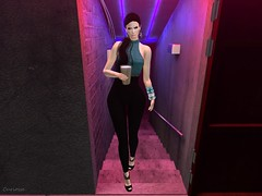 Entrance no.359 (Curiosse) Tags: jumpsuit mono guapa bello beautiful black teal new 2019 luxeparis january