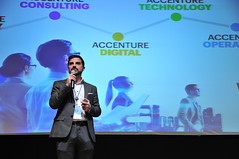 16th IBS Career Forum 2019 - Finance, Accounting, Consulting, HR_0221 (ISCTE - Instituto Universitário de Lisboa) Tags: fotografiadehugoalexandrecruz 16thibscareerforum ibscareerforum2019 carrerforum ibs iscteiul 2019 20190206 finance accounting consulting humanresources reitoradoiscteiul