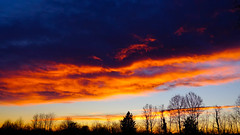 cielo in tramonto (claudio erre) Tags: tramonto sunset sera sony fotografia colors colori 24105 yellow orange blue giallo arancione blu