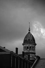(C. Neil Scott) Tags: columbiasc southcarolina bullstreet bullstreetlunaticasylum abandoned dome architecture