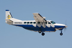 N861MA Cessna 208B Caravan KFLL 18-04-18 (MarkP51) Tags: n861ma cessna 208b caravan tropicoceanairways fortlauderdale hollywood international airport fll kfll florida usa airliner aircraft airplane plane image markp51 nikon d7100 sunshine sunny