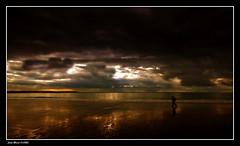 Perdu dans ses Pensées...... (faurejm29) Tags: faurejm29 canon ciel sigma sea seascape sky sable mer beach plage paysage nature nuages