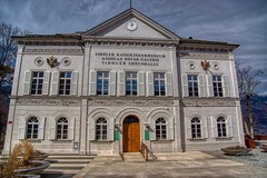 Tiroler Kaiserjägermuseum in Innsbruck, Österreich (UweBKK (α 77 on )) Tags: österreich kaiserjägermuseum kaiserjäger andreas hofer galerie tiroler ehrenhalle house building architecture museum innsbruck tirol tyrol austria europe europa sony alpha 77 slt dslr