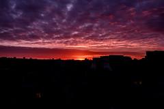 Paris s'éveille (laurent.triboulois) Tags: ciel clouds paris crepuscule matin batiments soleil