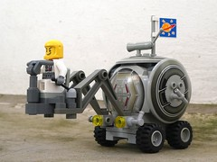 Cautious Rover - Febrovery 2019 27 (captain_j03) Tags: toy spielzeug 365toyproject lego minifigure minifig moc febrovery space rover car auto